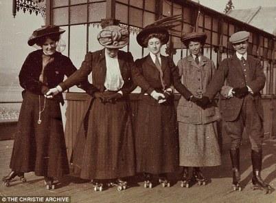 Agatha-patins-1911
